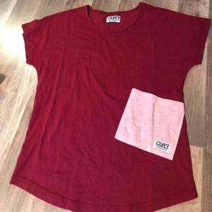 Ny t-shirt från Colour wear endast prövad Köparen står för frakt