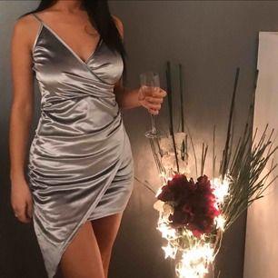 Silver  sexig klänning  får  kroppen att se ut som sexig form🤩 new collection 😌2020