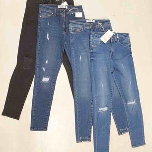 Nya jeans  Har flera olika färger Storlek finns 36/38/40/42