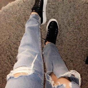 Jättefina jeans, storlek 36. Skicka för bättre bild😊