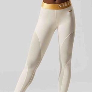 Nike pro leggings. Pris går å diskuteras.