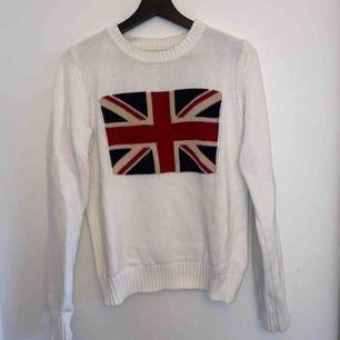 Stickad tröja från Crocker, säljer pga inte min stil längre men annars superfin tröja! 😊