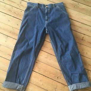Najs Carhartt jeans i storlek 31! Väldigt sköna