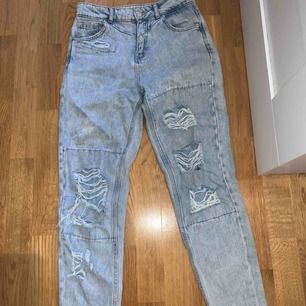 Jeans från Pull & Bear Storlek 34 Frakt: 79kr