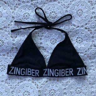 Oanvänd bikinitopp. Superfin men tyvärr för liten för mig.