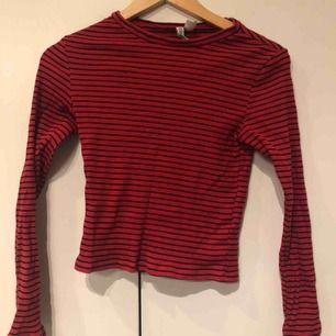 Långärmad randig tröja från h&m, använd typ 10ggr.