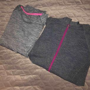 Den första träningströjan är en t-shirt från hm, storlek står inte men skulle säga xs/s. Den andra är en träningströja med luva och dragkedja, ingen storlek där heller men skulle säga en xs. Säljer 1 för 70kr+ frakt och båda för 150kr+  frakt.