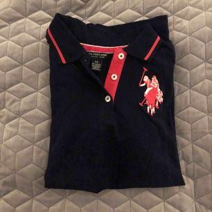 Piké tröja från Ralph Lauren. Prislapp kvar, köpt för 250kr men säljer för 150kr+ frakt.