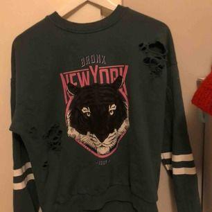 Sweatshirt från Gina tricot