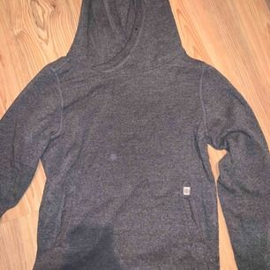 Grå oversized hoodie - superskön
