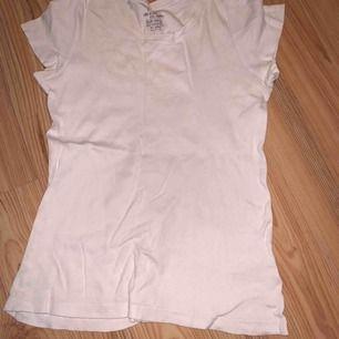 Vit basic tröja