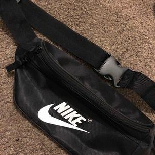 Helt ny väska från Bali. Aldrig använd.  Frakt 11:-