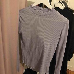 Fin tröja från H&M.  Frakt 11:-