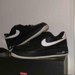 "Nike AF1 ""original six"" i storlek 42 Frakt tillkommer Om ni vill ha mer information eller bilder så kom DM"