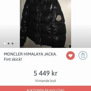 Har en moncler Himalaya jacka som jag köpte på tradera för väldigt mycket, då jag är osäker på om den är äkta, så väljer att sälja den, vid eventuella frågor eller mer bilder så kan jag svara på dem i DM