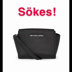 Söker fortfarande denna Michael kors väska, Selma mini med SILVER detaljer!