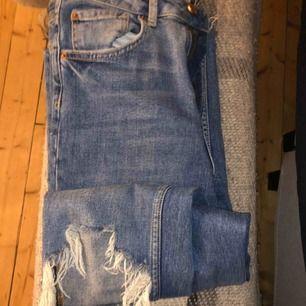 Jeans från Gina, inte super tajta, köparen står för frakt🥰