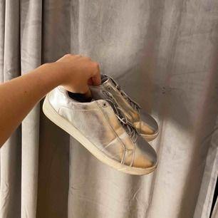 Skor från Ellie Gouldings collection, knappt använda!🌸
