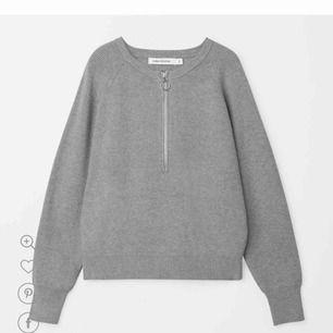 Stickad tröja från Carin Wester. Använd en gång, säljer pga den är för liten. Originalpris är 399kr.