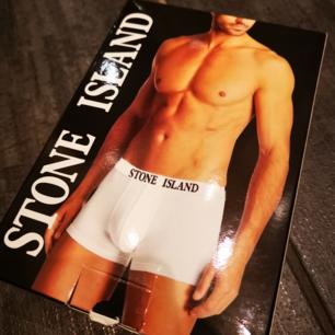 Boxershorts - Stone & Island  - helt ny Storlek M  Frakt ingår i priset! Postas med vanlig post!