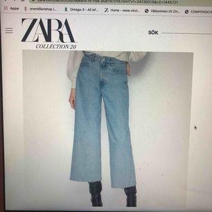 Blåa wide leg jeans från Zara. Använda ett fåtal gånger och köptes i höstas. Slutsålda på Zara. De är i strl 36 men de passar nog strl 38 också då de är rätt stora i storlek. Har själv strl 36 och de funkar.