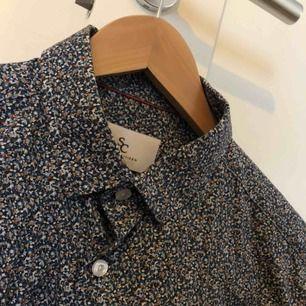 Skjorta från mq, använd en gång!