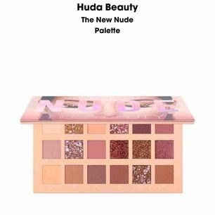 hörni tjejer! Nu har vi fått in den efterlängtade Huda Beauty paletten, ( 250kr, nypris 800kr ) vi har alla olika färger bara att skriva vad som önskas💕💕