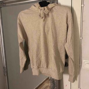 Beige hoodie från H&M