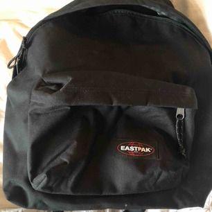 Ryggsäck från eastpak, helt ny!