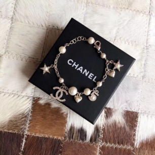 fin armand från Chanel