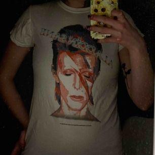 En David Bowie t-shirt. Frakt tillkommer 📦