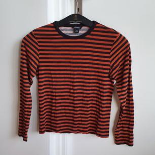 Långärmad tröja från Monki.