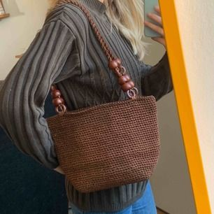 Vintage 70s väska som kan användas till strand eller vardags. Frakt 63kr