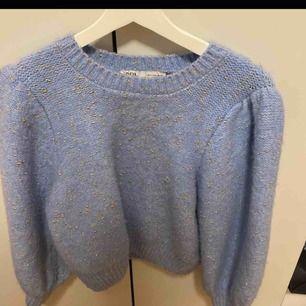 Söker denna stickade tröja från Zara!!!!!