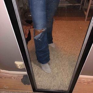 Säljer mina as najs jeans från NEUW på grund av att dom börjar bli små.