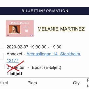 Säljer en Melanie Martinez biljett på Annexet den 7 februari (2020) på grund av att jag fått förhinder. Säljer för 400kr istället för 495kr inklusive service avgift. Skickas via email 💞 (pris kan kanske diskuteras)