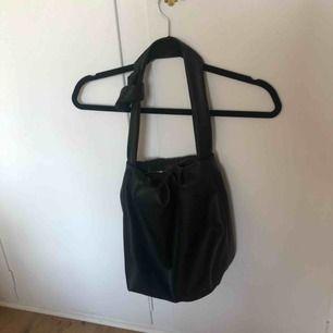 Väska från Zara! Mkt sparsamt använd