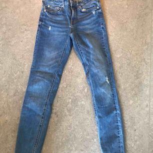 Snygga jeans från Zara