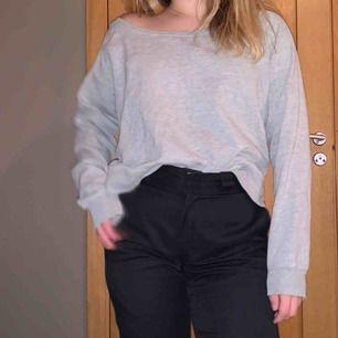 Gullig oversized grå sweatshirt från lager 157
