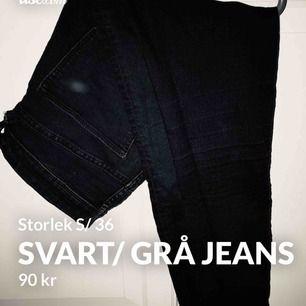 Grå jeans, fläcken på bilden är från kameran och inte på byxorna! Fint skick