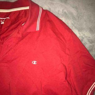 Skitsnygg champion skjorta som passar allt från XS till L, köparen står för frakt❤️