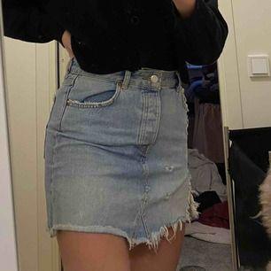 Blå jeans kjol från Gina