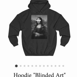 Superfin thecoolelephant hoodie i nyskick Endast använd ett par gånger och säljer för det inte är min stil Pris går att diskuteras så lägg bud
