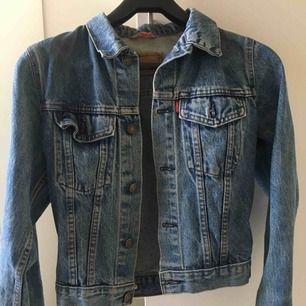 Jeans kacka från levis