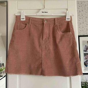 Fin kjol från Gina tricot💕