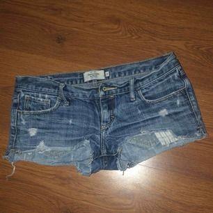 Short säljs pga de blev för små men i jätte bra skick!