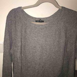 Skön och fin tröja från Mango, inga hål eller märken. Mötas upp eller frakt:))