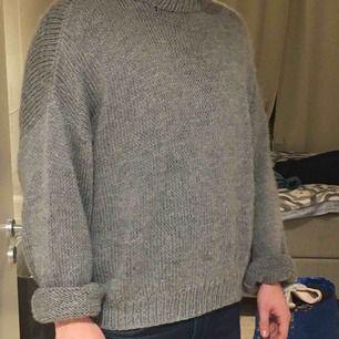 Oversized tröja, köparen står för frakten!!