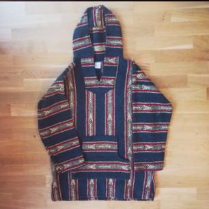 Vintage tröja poncho strl L-XL i fint skick !?