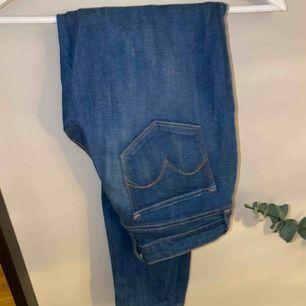 Jeans med låg midja